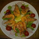 Salad with fresh grilled shrimps