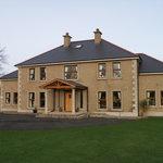 Springwell Manor