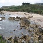 la playa desde la carretera a Llanes