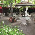 Jacksonville Inn Courtyard