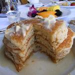 インルームダイニングのパンケーキ