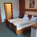 Zimmer mit den Betten der Eltern
