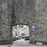 Caer Menai (painted yellow)  through one of the gates of the wall