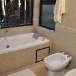 bañ compartimentado de cabaña con hidro