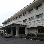 il davanti dell'albergo