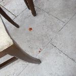 so sieht es zum Frühstück am Boden aus