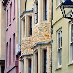 Pembroke St