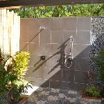 Sexy outdoor double shower (Palm Villa)