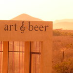 Art and Beer resmi