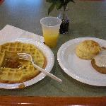 朝食サービス付き