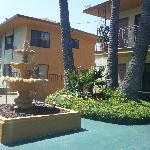 Lovely fountain, and part of the hotel...