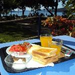Breakfast with garden/sea view