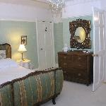 Bed & Breakfast room with ensuite
