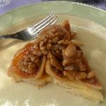 Tarte- fig, pecans and almonds