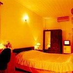 Camellia Hotel 5