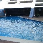 La piscine intérieur/extérieur