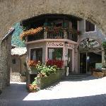 Foto de Albergo Bar Ristorante Castello Di Frizzi L.