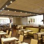 Podium Restaurant & Bar