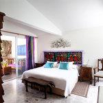 Violetas room