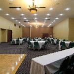 We can host your next anniversary, celebration or breakfast meetings in our meeting room