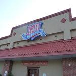 G & M Restaurant & Lounge