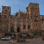 La fachada morisca del monasterio