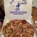 B C's Pizza