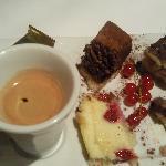 Le lyonnais : Café gourmand