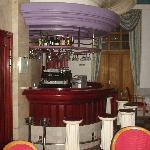 Le bar. Très kitsch