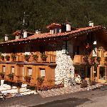 Hotel Chalet Genziana Foto