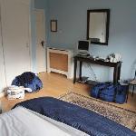 Zimmer mit Blick auf Loch