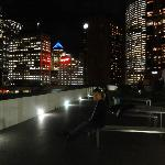 vista nocturna de la terraza