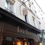Photo of Evi Evane
