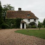 Olde Moat House from the front