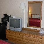 TV & dressing table