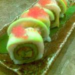 salmon mango roll