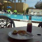 breakfast in the morning at the rendevouz