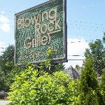 Blowing Rock Grille