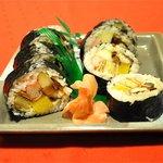 Sushi rolling class w/Sadao