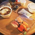 Oyakodomburi - sushi - Tonkatsudomburi
