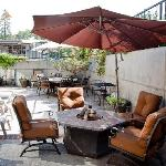 Enjoy your lunch on the sun deck or maybe glass of wine next to the fire pit.