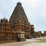 Thanjavur Big Temple - Brihadeeswarar