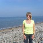 5 mins to local beach