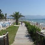 entre le restaurant et la plage