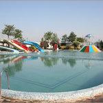 Kanak Garden Resort And Water Fall