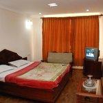 Hotel Gangothri Sunrise