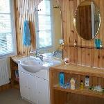 Bathroom / Peach Room