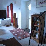 Eingang und Wohnzimmer des Moan Laur B&B