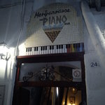 Montparnasse - The Piano Bar