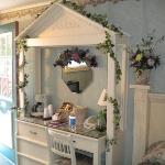 The Venetian Garden Room